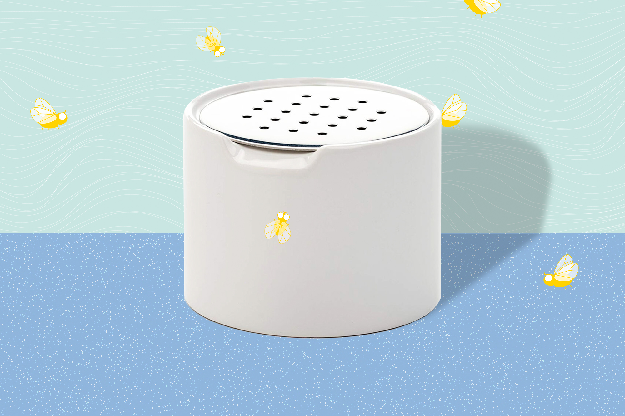 Sur la Table - FRUIT FLY TRAP on a designed background with fruit flies