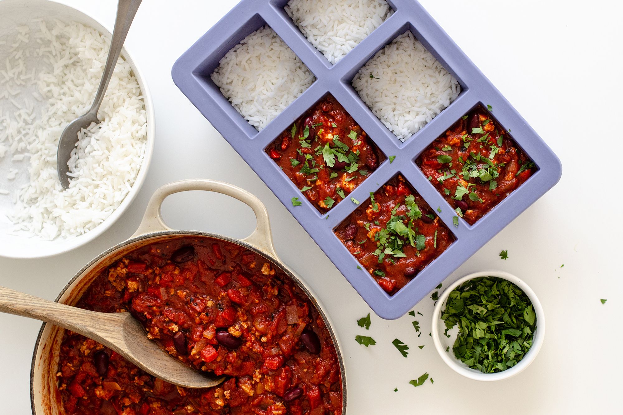 Cup Cubes Freezer Tray - 4 Cubes with a pot of chili and rice