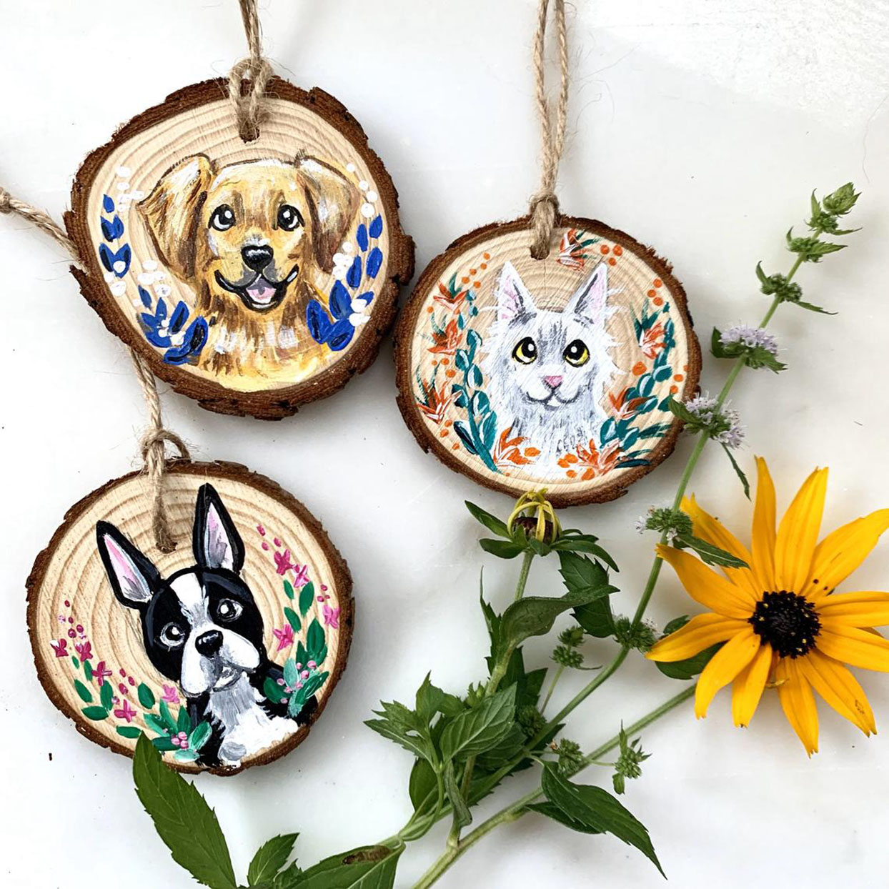 pet portrait ornament