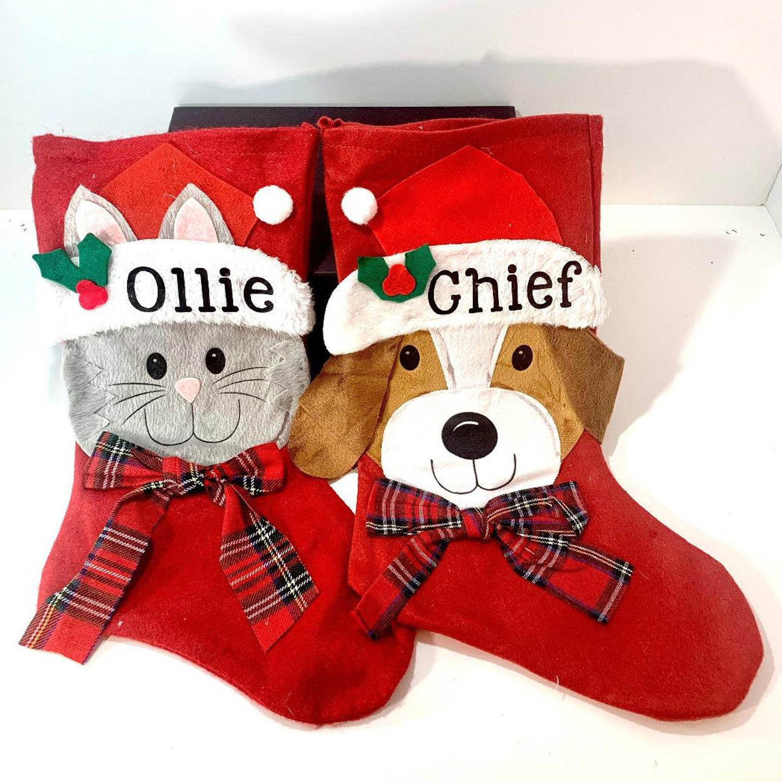 personalized-christmas-stocking-for-dog-or-cat