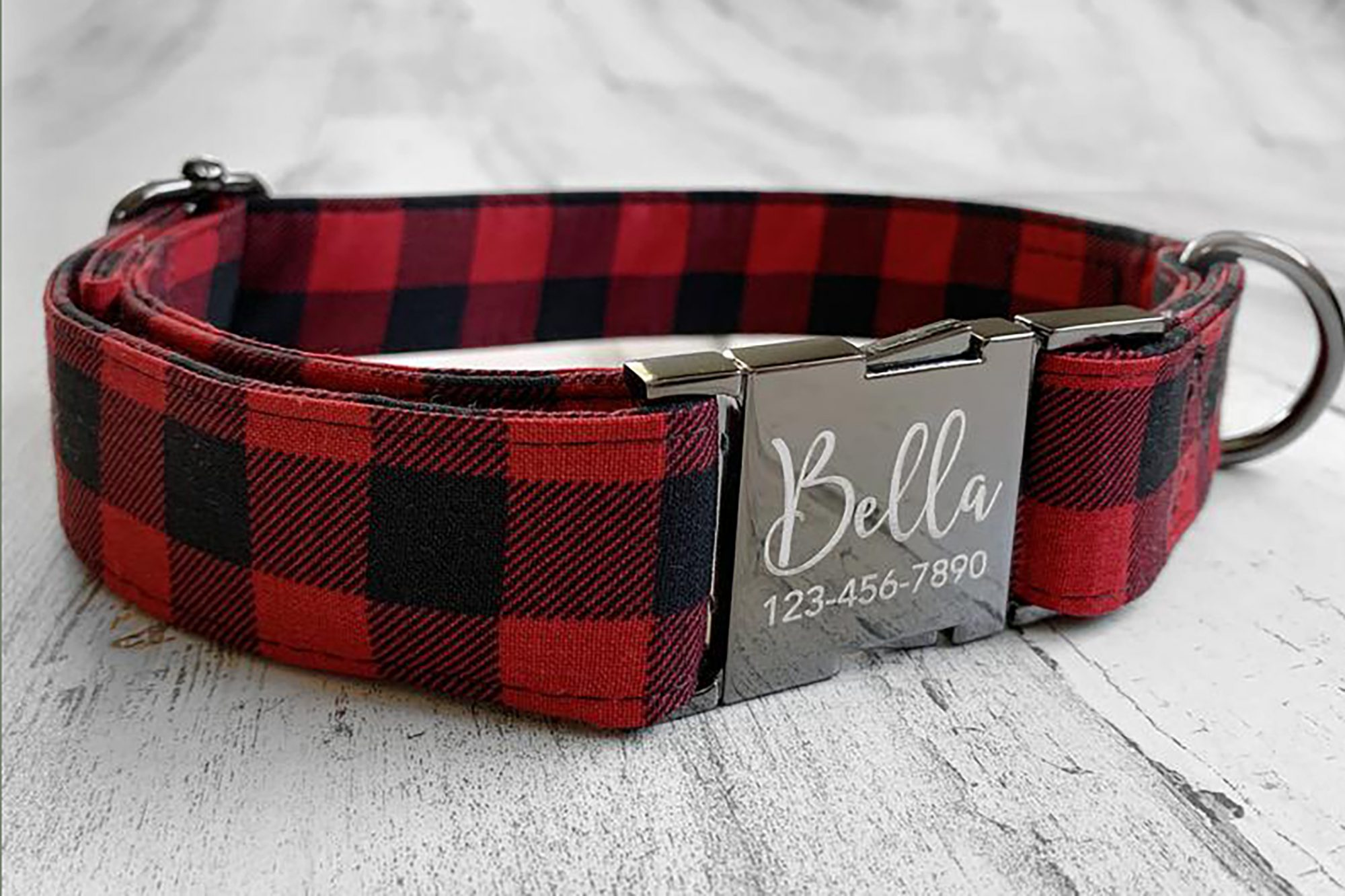 plaid dog Christmas collar