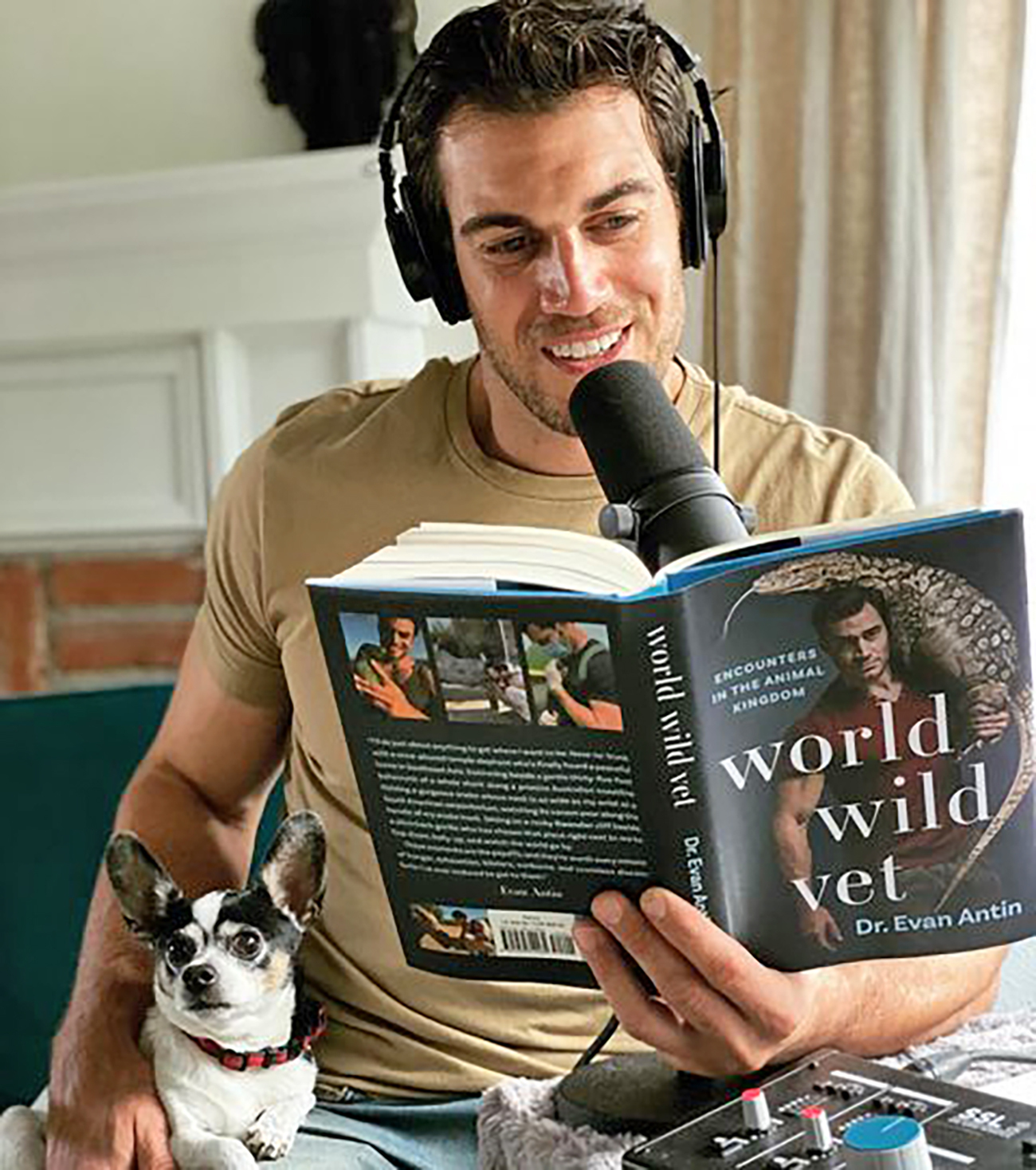 Dr. Evan Antin records audiobook for World Wide Vet