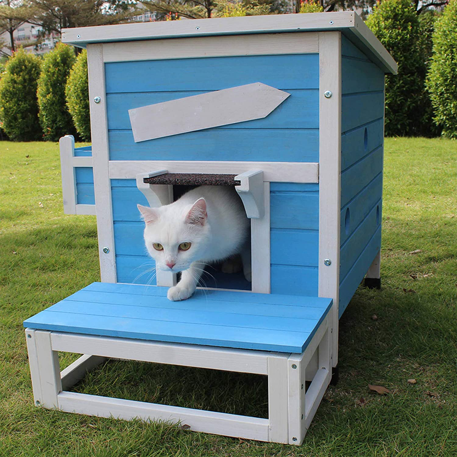 rockever-outdoor-cat-shelter-with-escape-door