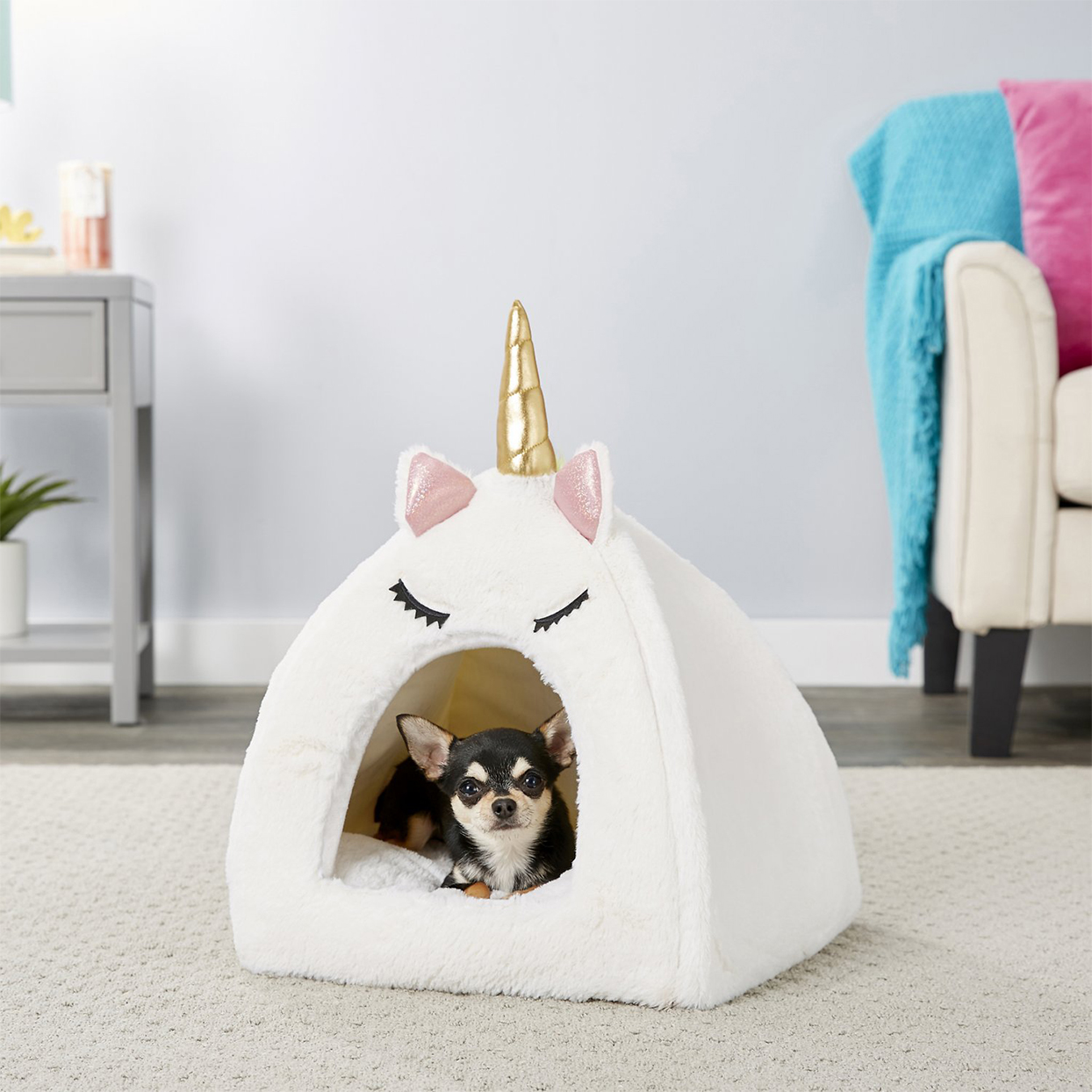 frisco unicorn covered pet bed