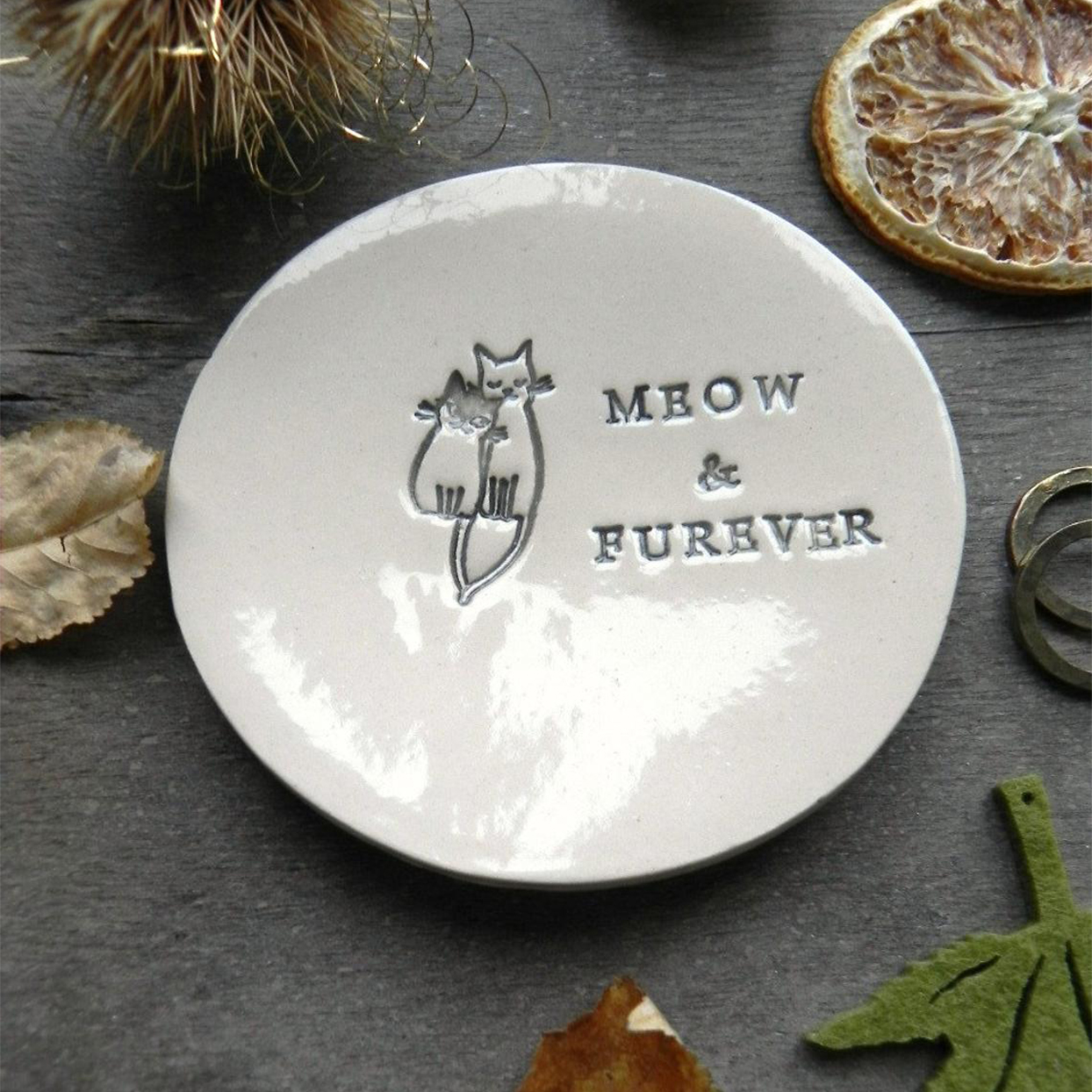 meow and furever ring dish