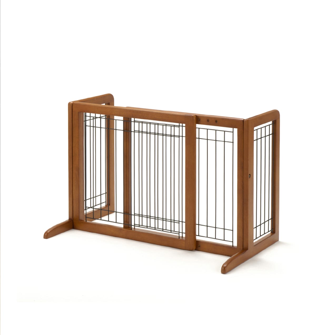 Richell Freestanding Step-Over Pet Gate on a white background