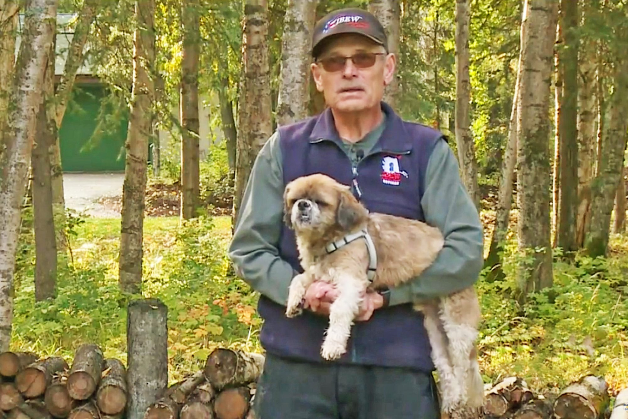 Mike Mitchell, Anchorage man and his dog make lap around the planet, walking over 24,901 miles in the past 8 years