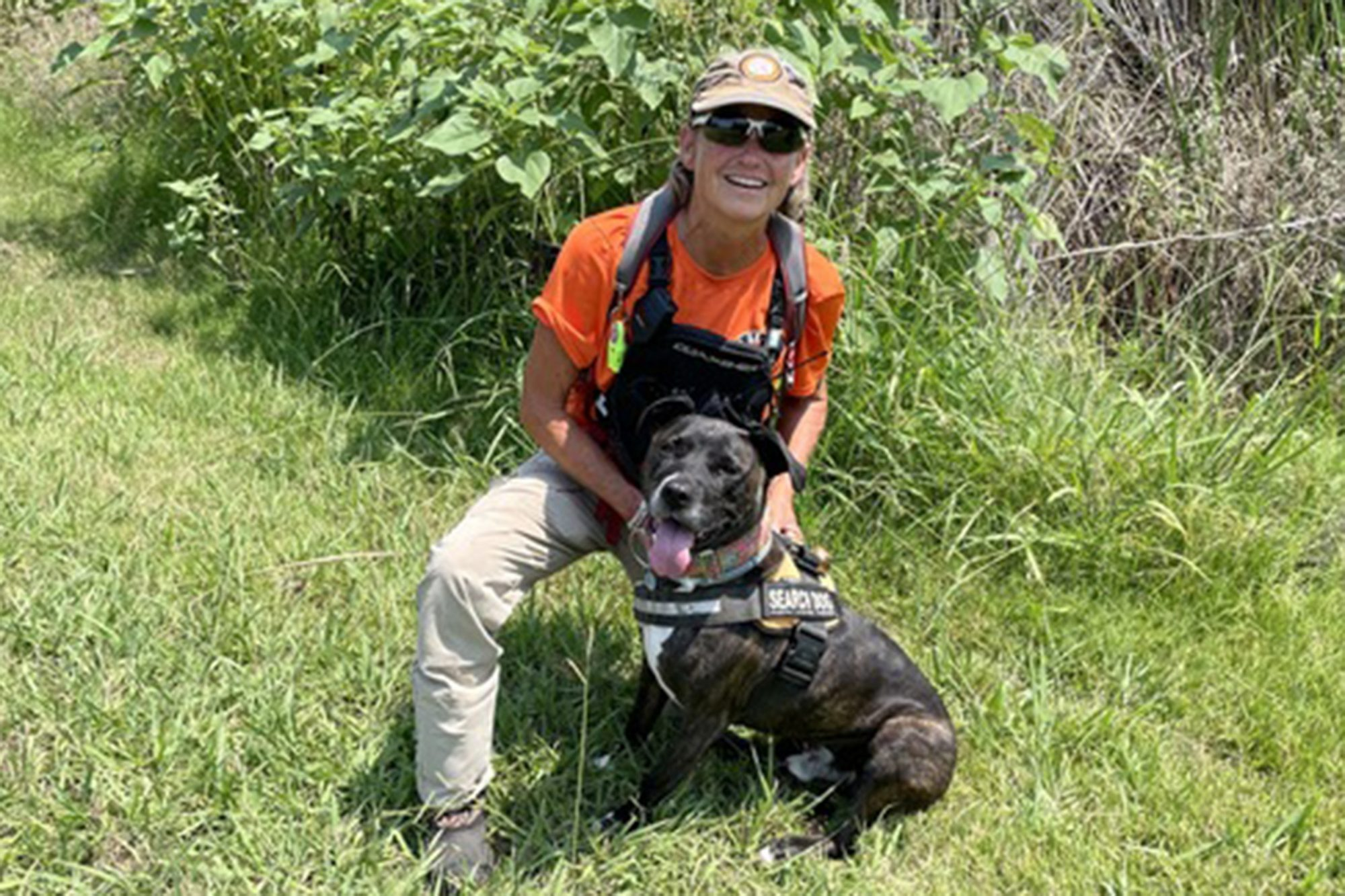 Molly Gibb and Little Man, dog hero