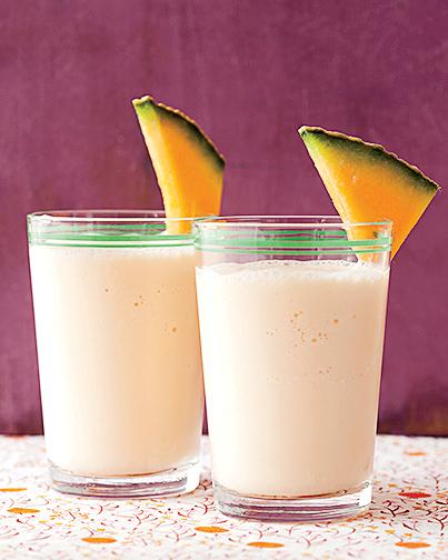 Cantaloupe-Yogurt Smoothie