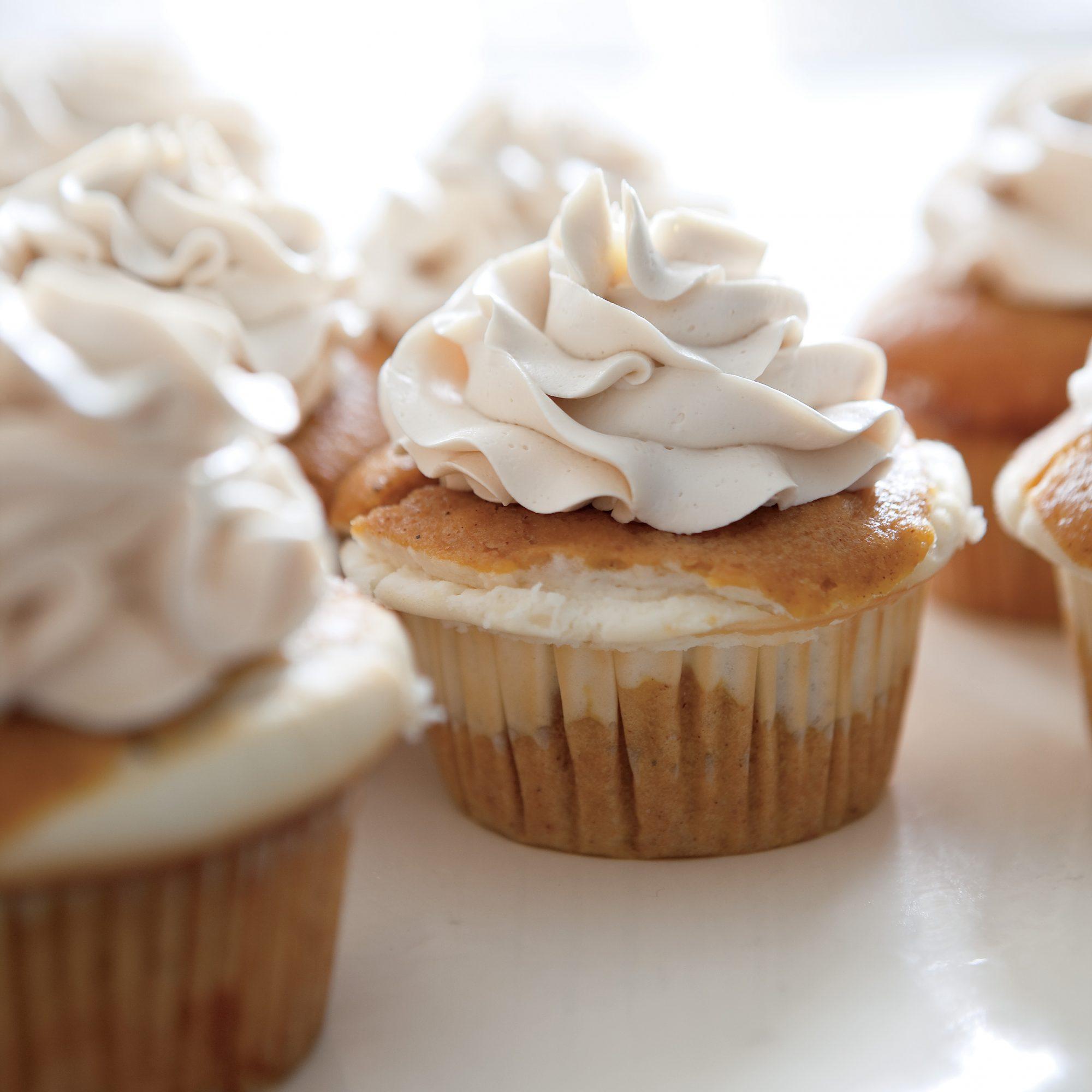 Cheesecake-Filled Pumpkin Cupcakes