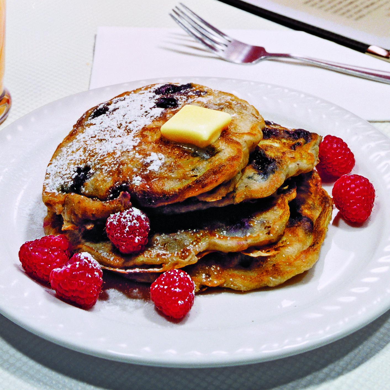 Crunch-Berry Pancakes