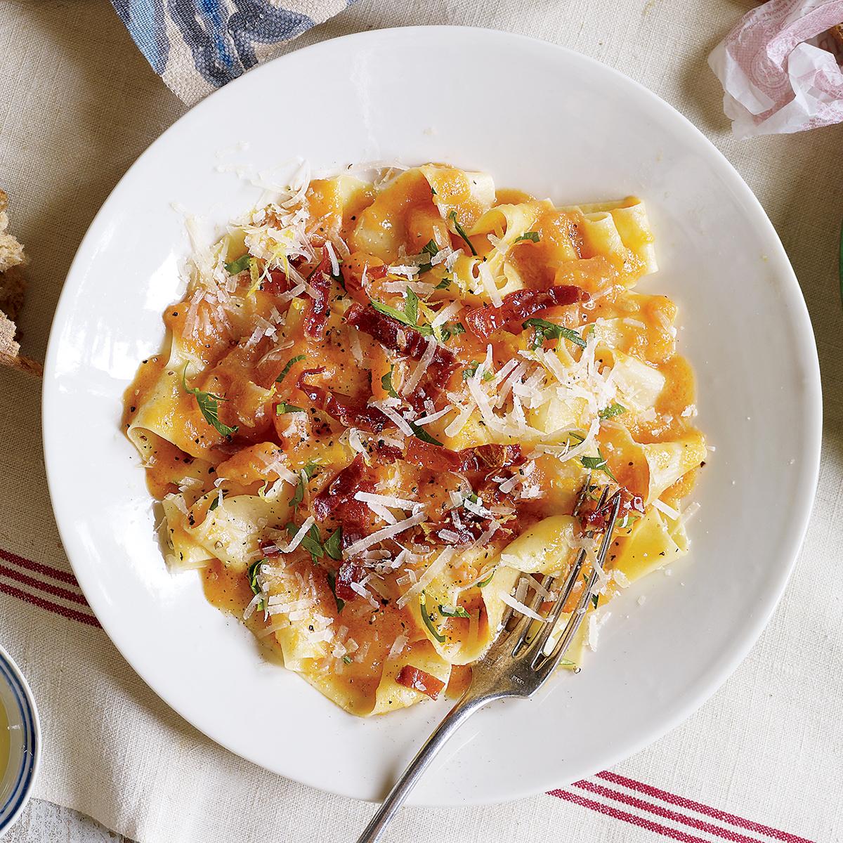 pasta with prosciutto and melon