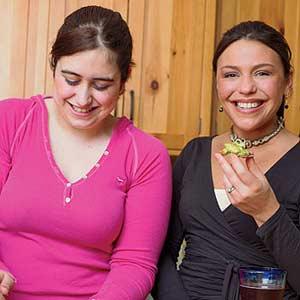 Rachel having a snack with Friend