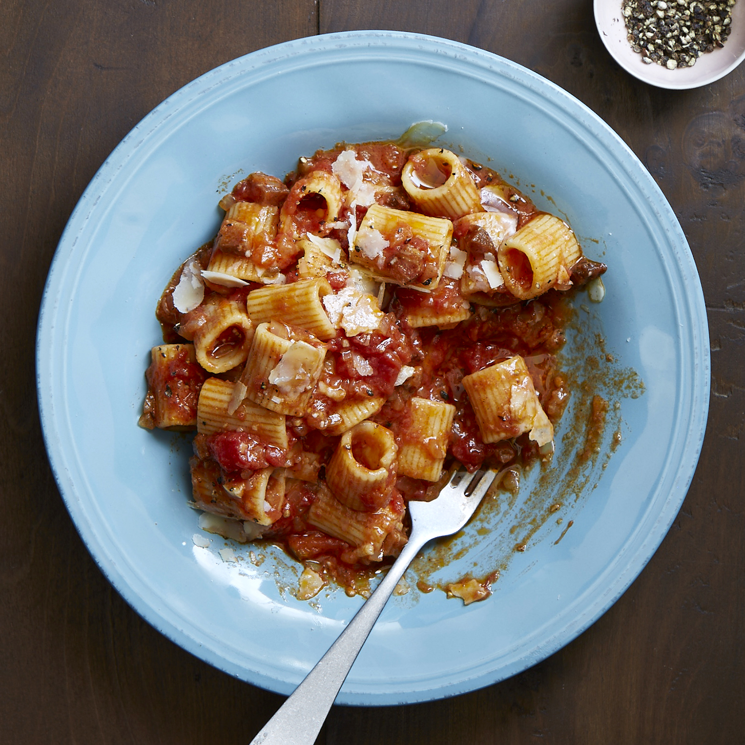rigatoni with bacon, onion, and balsamic vinegar