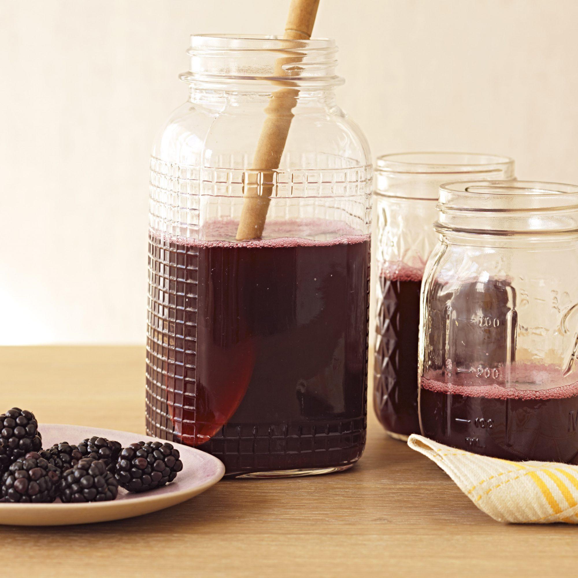 slow-cooker blackberry cordial