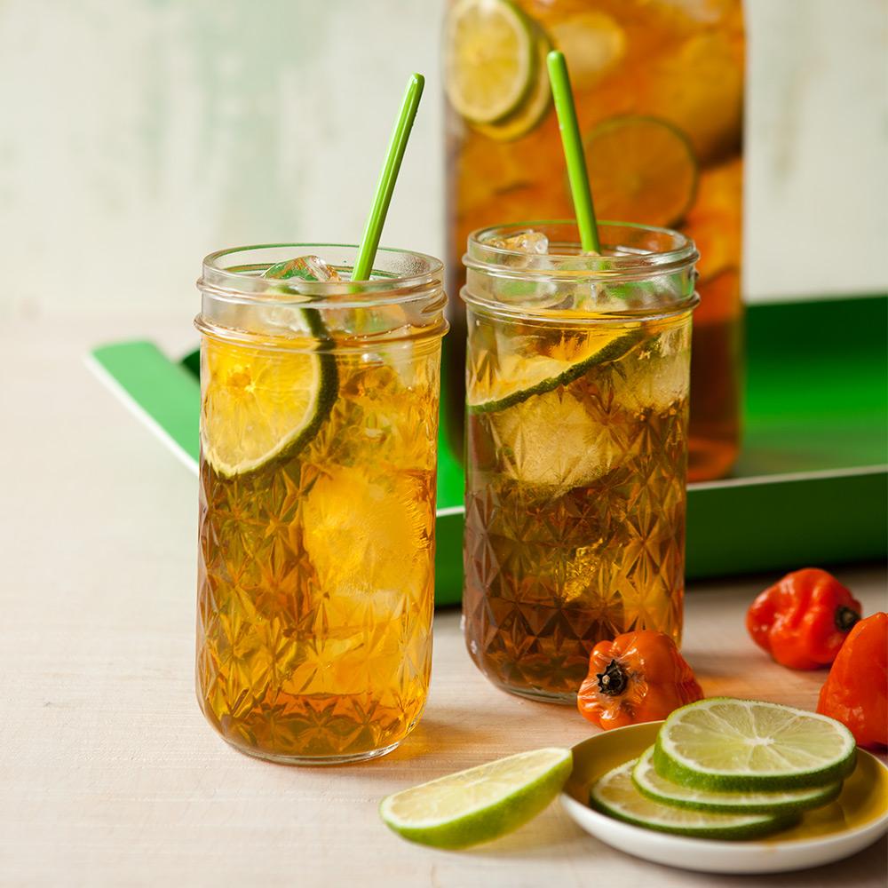sweet-heat-iced-tea-101899125