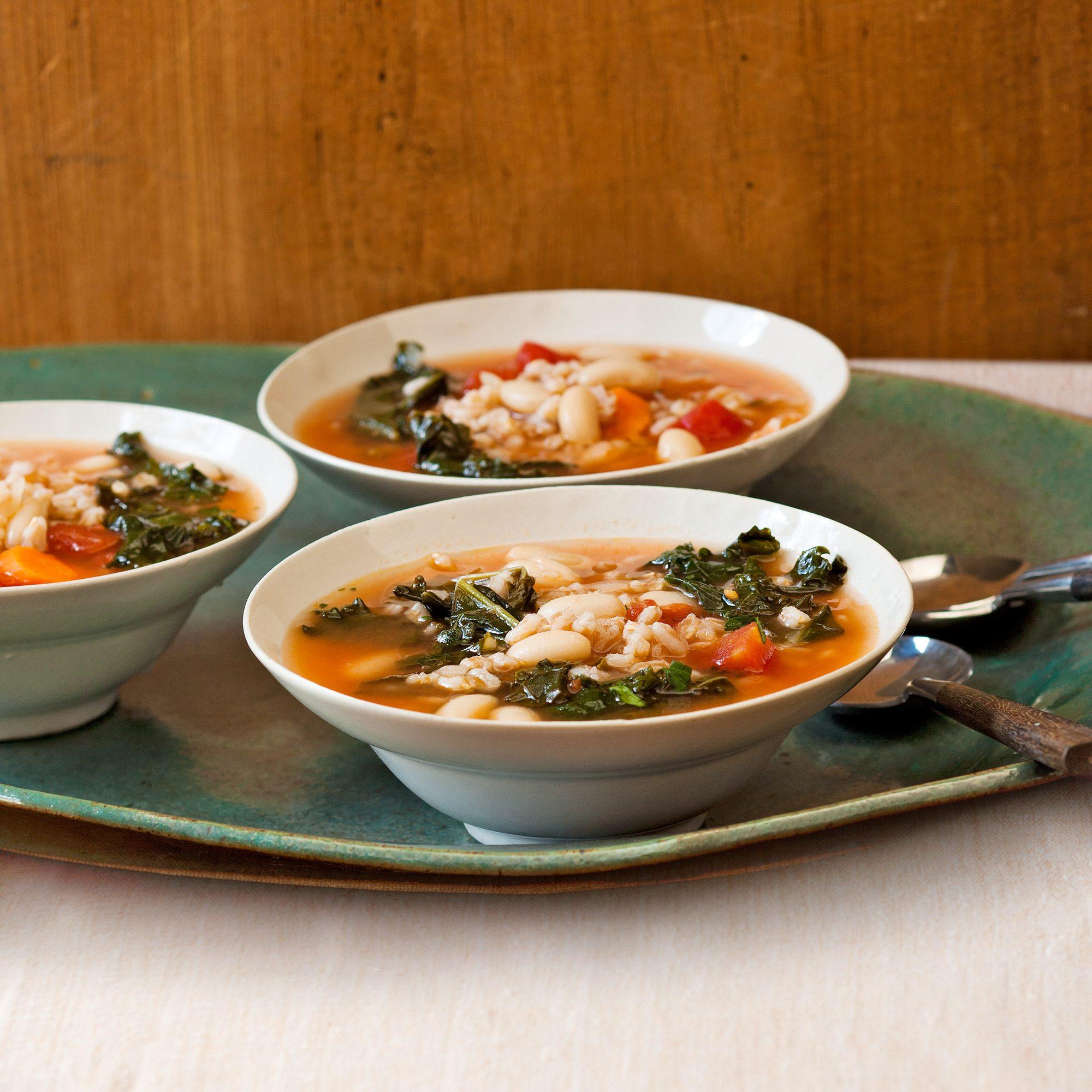 Tuscan Kale & Farro Soup