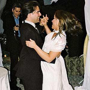Wedding- Rachel and John Dancing