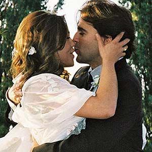 Wedding- Rachel and John Kissing