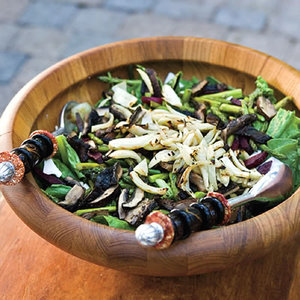 Everything Grilled Salad with Tuscan-Style Steak