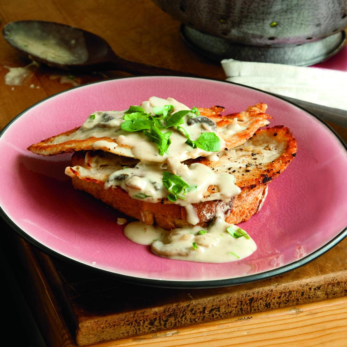 Open-Face Hot Chicken or Turkey Sandwiches with Creamy Mushroom Gravy