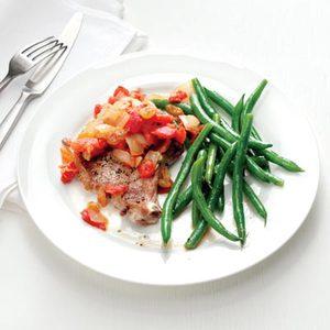 Pork Chops with Tomato Chutney