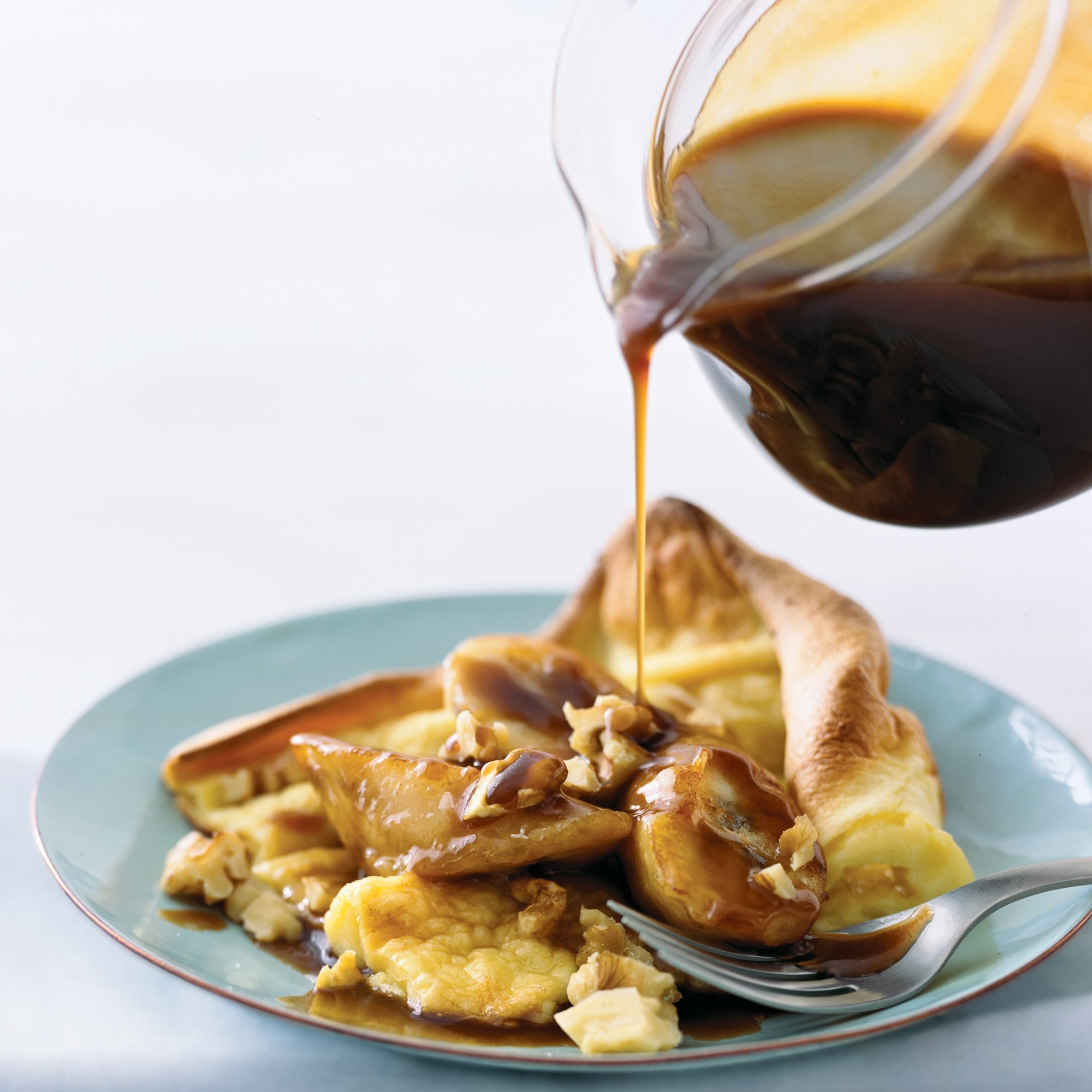 Puffy Pancake with Nutty Banana Butterscotch