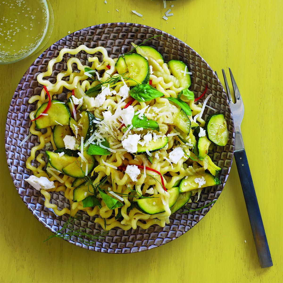 zucchini and fennel pasta