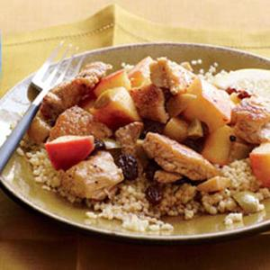 Chicken with Apple, Raisins and Olives