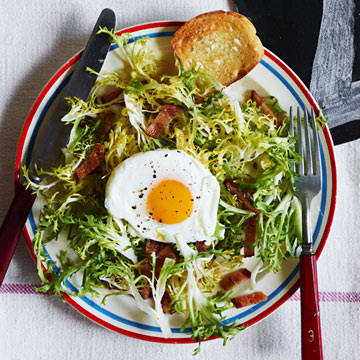 Frisee Salad with Poached Eggs & Bacon