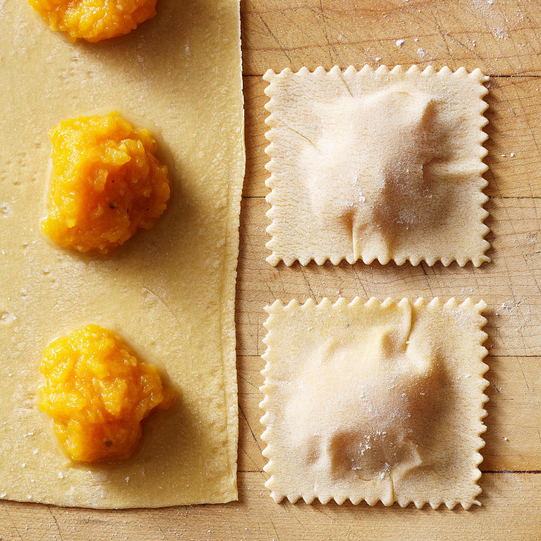 homemade stuffed ravioli pasta