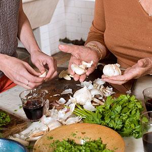 Preparing the Garlic