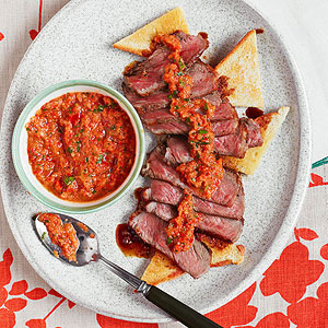 Sliced Steak with Pepper- Onion Sauce