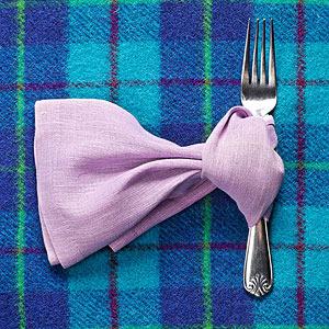 Scarf napkin fold
