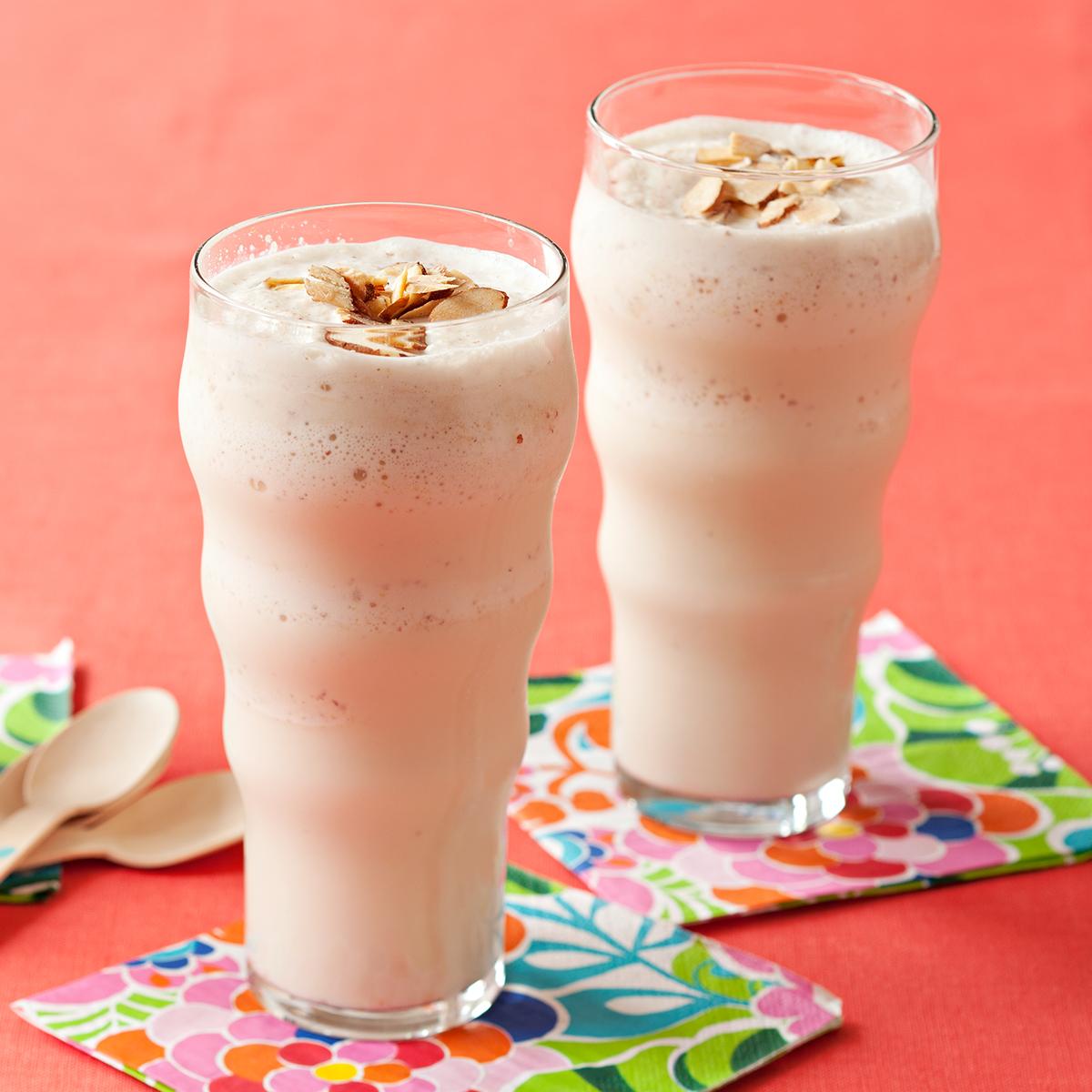 almond vanilla shakes
