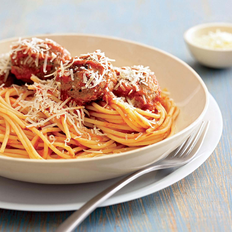 spaghetti with mozzarella-stuffed meatballs