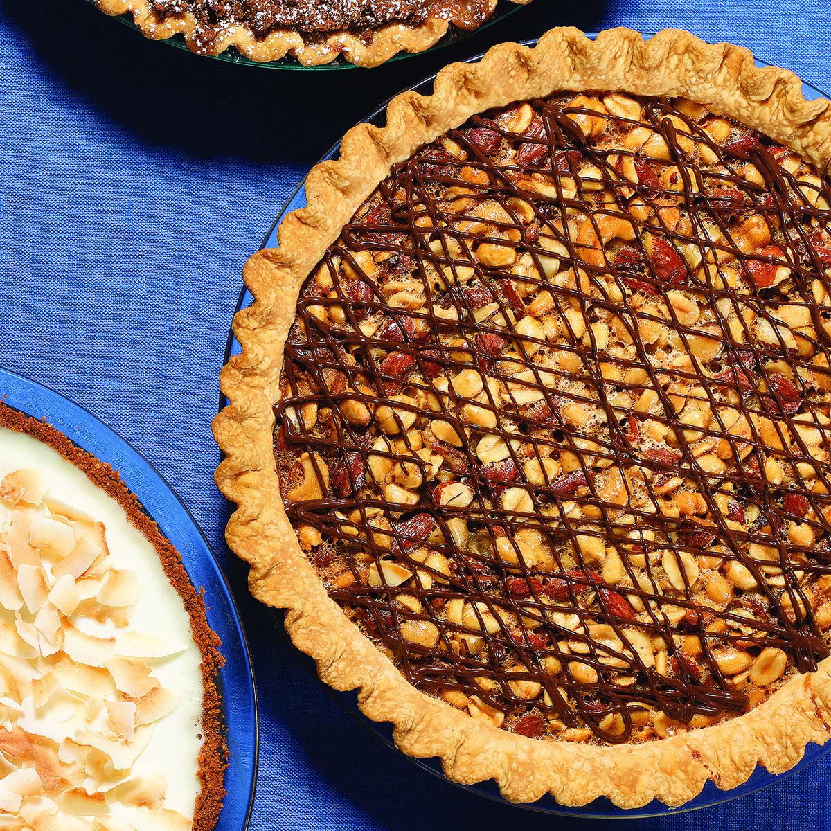 mixed nut turtle pie