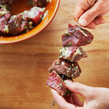 Garlicky Beef Skewers with Potato Hash: Step 1