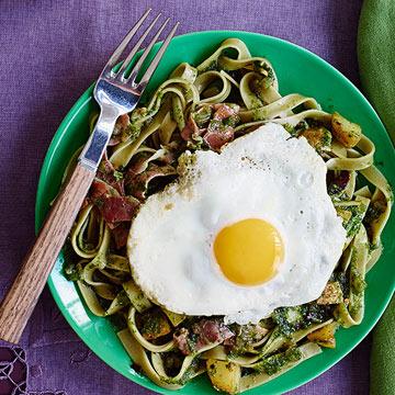 Green Pasta with Ham & Eggs