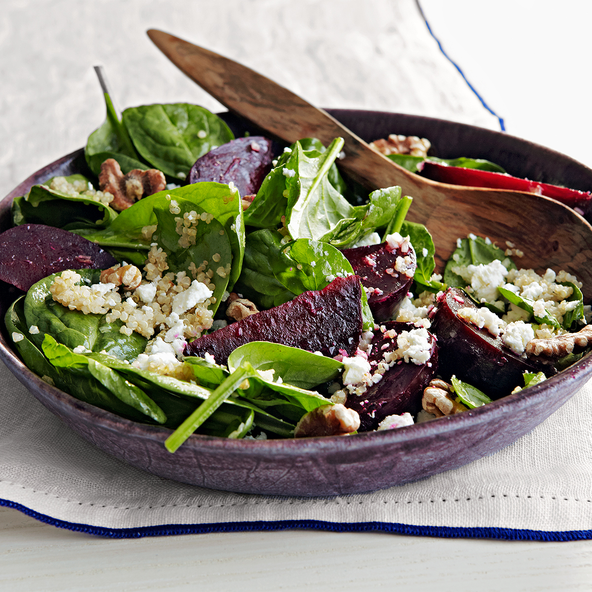 spinach salad with beets quinoa goat cheese