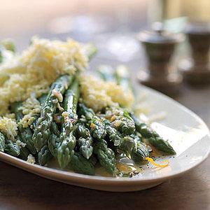 Asparagus with Chopped Egg and Vinaigrette