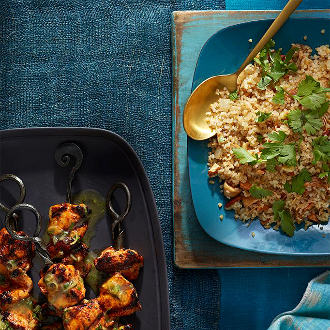 bulgur pilaf with nuts and figs
