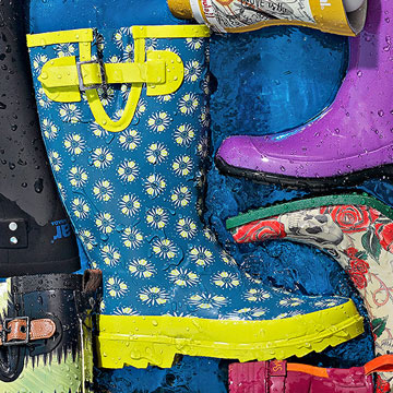Western Chief Women Floral Repeat Boots