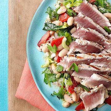 Sliced Tuna Steak with Kale & White Bean Salad