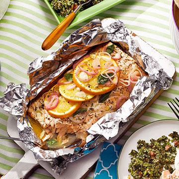 Grilled Salmon with Mint Tzatziki