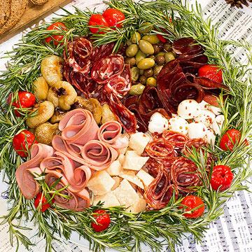 Santa-Pasti Wreath