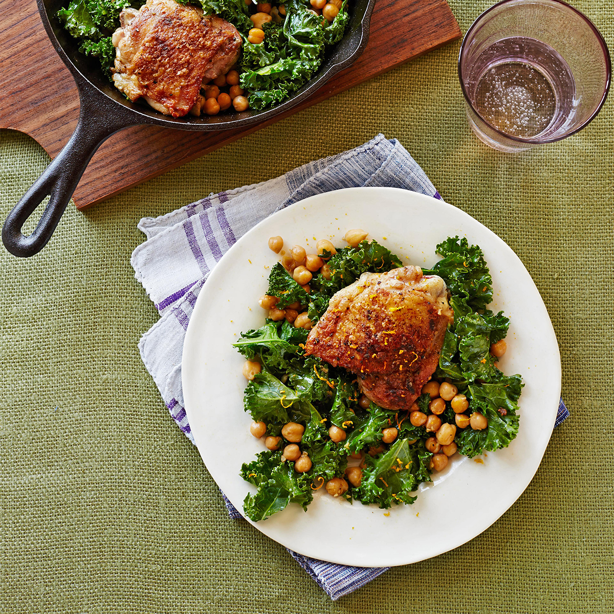 coriander chicken with chickpeas and kale