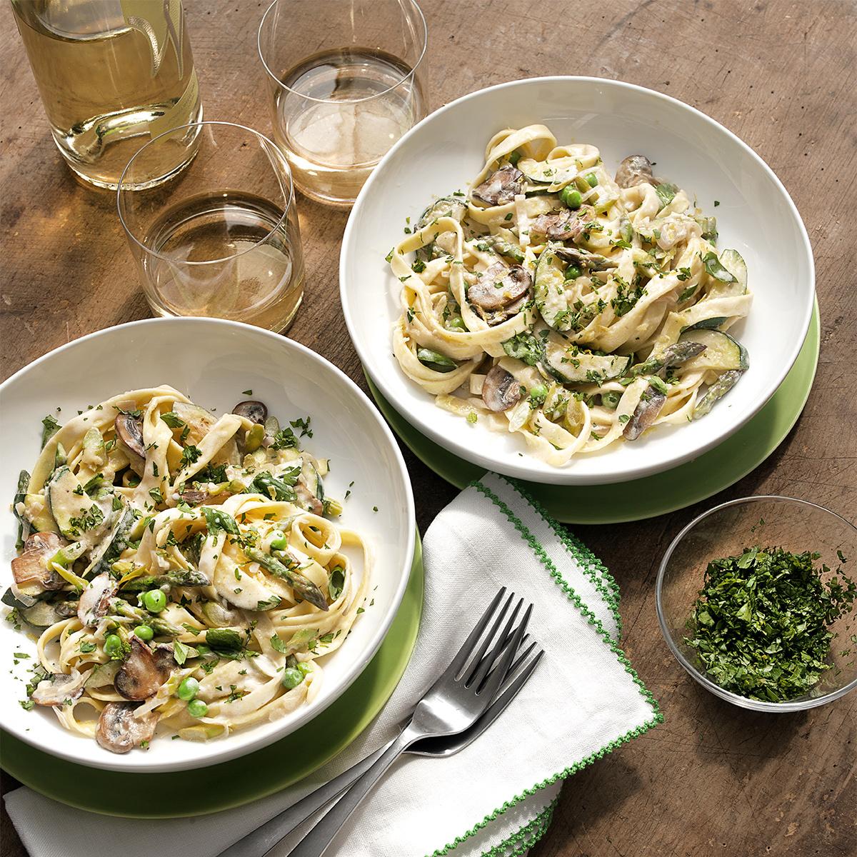 Light & Lemony Primavera with Asparagus, Zucchini and Herbs