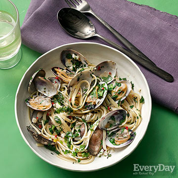 Linguine alle Vongole with Spring Onions