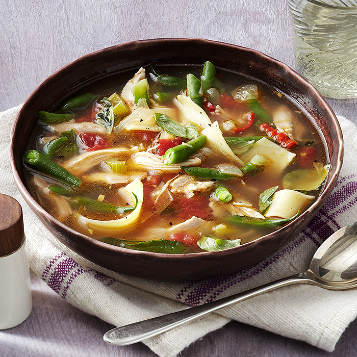 italian style rotisserie chicken noodle soup with green beans